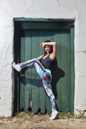 Blue Girl sports legging